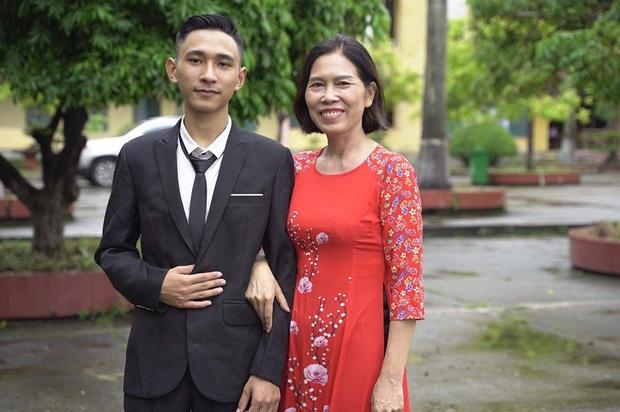 Chàng thợ may quê Thái Bình nghiện game, bỏ học 3 năm trở thành Thủ khoa toàn quốc khối A 29,75 điểm - Ảnh 2.