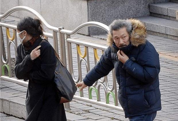 Vụ ngoại tình chấn động cả xứ Hàn: Đạo diễn U60 bỏ vợ theo nàng thơ 18+ đáng tuổi con, tiểu tam trơ trẽn thách thức bà cả - Ảnh 4.