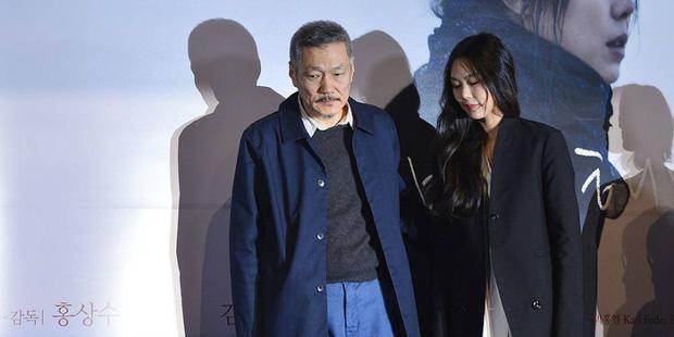 Vụ ngoại tình chấn động cả xứ Hàn: Đạo diễn U60 bỏ vợ theo nàng thơ 18+ đáng tuổi con, tiểu tam trơ trẽn thách thức bà cả - Ảnh 3.