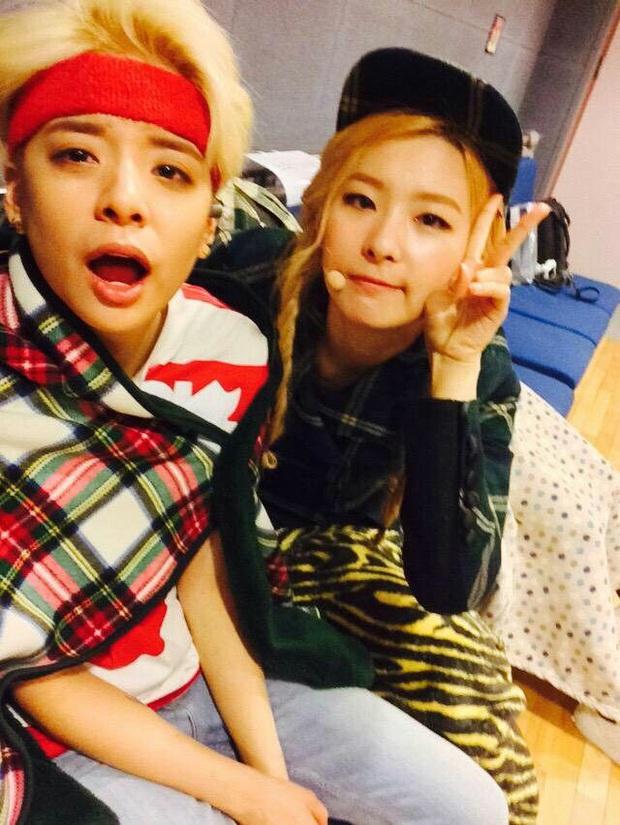 Thánh thu thập hội gái xinh Kbiz Seulgi (Red Velvet): Từ nữ thần TWICE, BLACKPINK đến minh tinh, cả chục mỹ nhân đều là bạn thân - Ảnh 15.