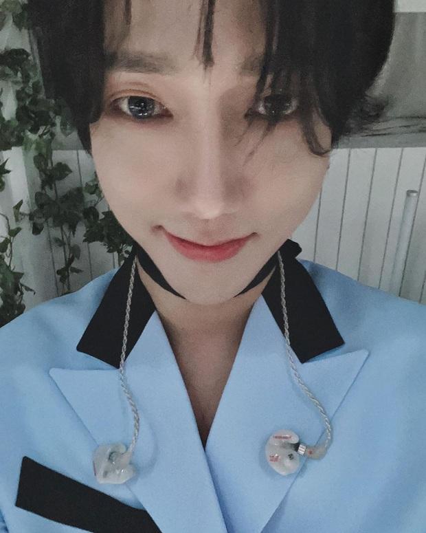 Nhận không ra 2 mỹ nam Super Junior ngày nào: Người mặt nhọn hoắt tam giác ngược, còn đâu nam thần vạn người mê Kibum? - Ảnh 3.