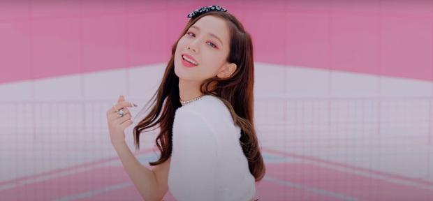Cả một bữa tiệc visual xinh tươi trong Ice Cream, nhưng Jisoo (BLACKPINK) mới là người leo trending cao nhất vì... vô hình trong MV! - Ảnh 6.