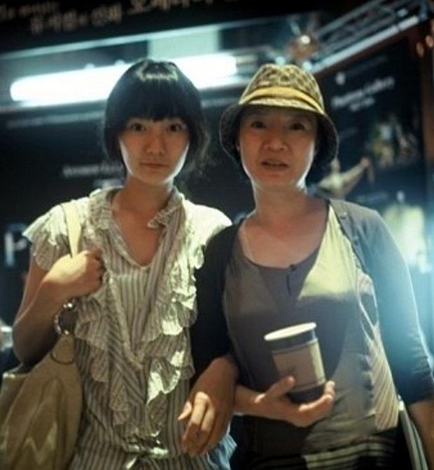 Bae Doo Na: Chị đại Hallyu chuyên thầu phim Hollywood, gia tài phim siêu khủng nhưng vẫn bị gọi là bình hoa di động - Ảnh 3.