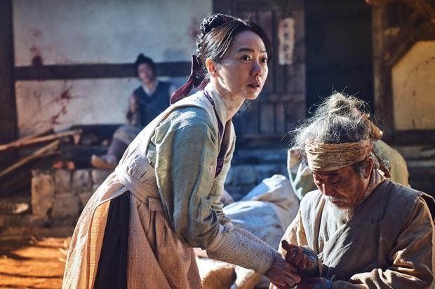 Bae Doo Na: Chị đại Hallyu chuyên thầu phim Hollywood, gia tài phim siêu khủng nhưng vẫn bị gọi là bình hoa di động - Ảnh 12.