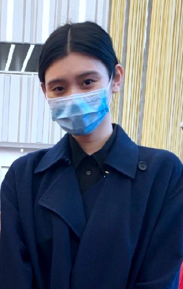 Ảnh hẹn hò gây xôn xao Weibo: Ming Xi 1m78 dạo phố bên ông xã thiếu gia 1m65, bị Cnet nói như mẹ dắt con - Ảnh 4.