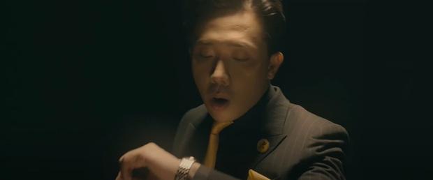 """Loạt lý lẽ đeo đồng hồ thấm thía của Trấn Thành ở Đặc Vụ Thời Gian: Sóng to biển lớn gì cũng phải lên đồ """"chanh sả"""" trước đã! - Ảnh 4."""