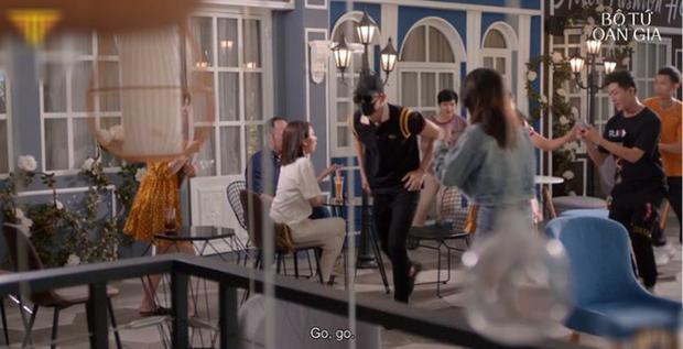 Thu Trang tự luyến cực độ, quyết không cho trai đẹp Võ Cảnh lái máy bay ở  Bộ Tứ Oan Gia tập 2 - Ảnh 3.