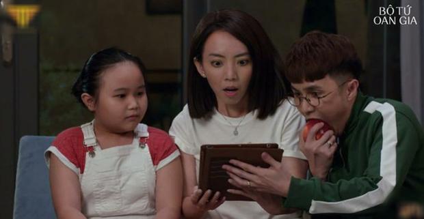 Thu Trang tự luyến cực độ, quyết không cho trai đẹp Võ Cảnh lái máy bay ở  Bộ Tứ Oan Gia tập 2 - Ảnh 10.