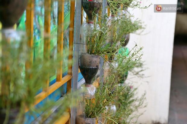 Hà Nội: Đồ phế liệu được tái chế làm khu thư giãn của người lớn, vui chơi miễn phí cho trẻ nhỏ - Ảnh 14.