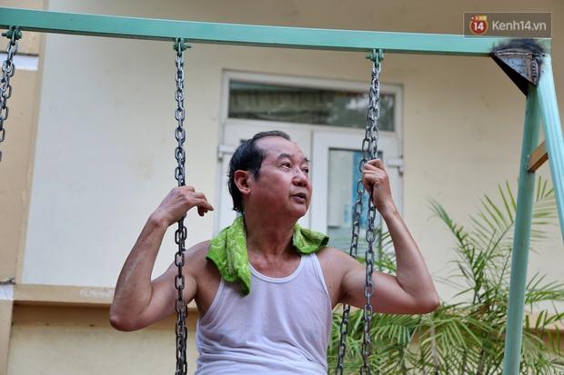 Hà Nội: Đồ phế liệu được tái chế làm khu thư giãn của người lớn, vui chơi miễn phí cho trẻ nhỏ - Ảnh 16.