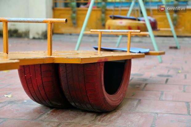 Hà Nội: Đồ phế liệu được tái chế làm khu thư giãn của người lớn, vui chơi miễn phí cho trẻ nhỏ - Ảnh 12.