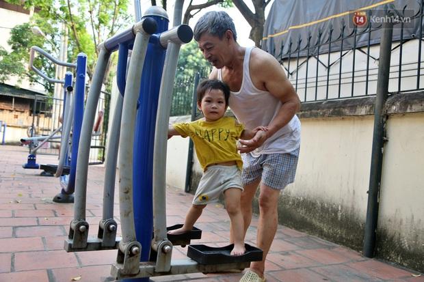 Hà Nội: Đồ phế liệu được tái chế làm khu thư giãn của người lớn, vui chơi miễn phí cho trẻ nhỏ - Ảnh 18.