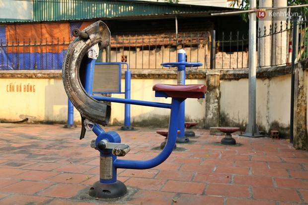 Hà Nội: Đồ phế liệu được tái chế làm khu thư giãn của người lớn, vui chơi miễn phí cho trẻ nhỏ - Ảnh 19.