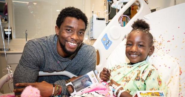 Hai fan nhí bị ung thư chính là động lực để Chadwick Boseman làm Black Panther dù đang vật lộn với bạo bệnh - Ảnh 6.