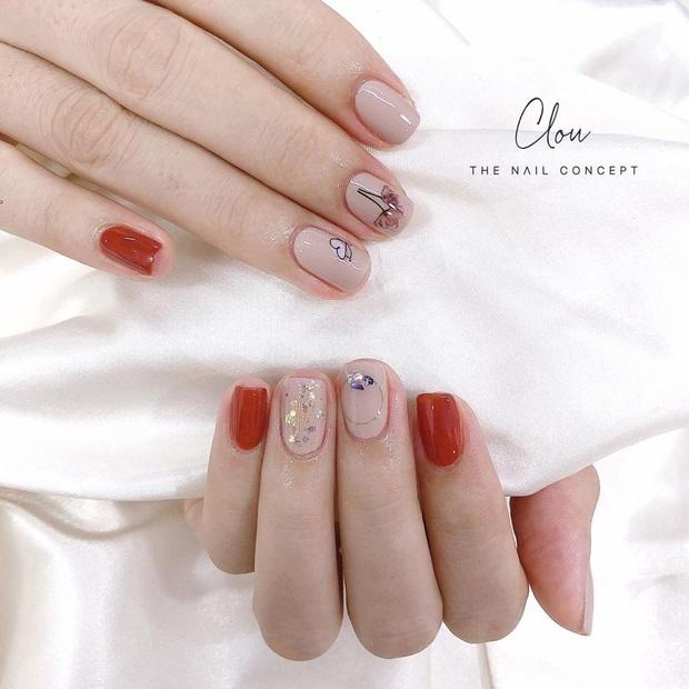 """12 mẫu nail xinh yêu chuẩn trend mùa thu, chị em mau """"bung lụa"""" để có bàn tay sang chảnh - Ảnh 6."""