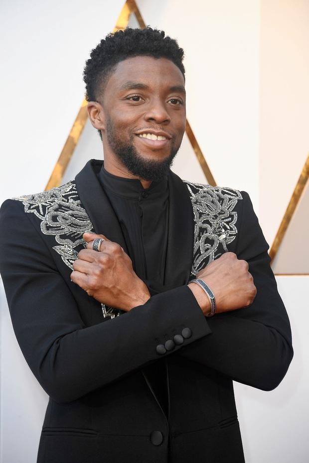 Black Panther Chadwick Boseman: Từ cậu bé bị xa lánh vì màu da đến hành trình  xoá nhoà ranh giới sắc tộc - Ảnh 3.