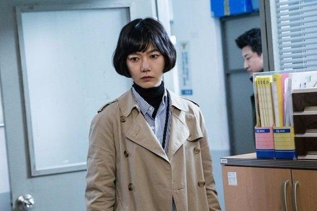 Tranh cãi BXH diễn viên Hàn hot nhất: Hyun Bin - Song Hye Kyo mất dạng, Kim Soo Hyun - Seo Ye Ji hay Lee Jun Ki lên ngai vàng? - Ảnh 10.