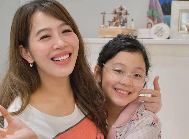 Đọ độ giàu có của dàn MC nữ VTV: Mai Ngọc sở hữu cả BST đồ hiệu, Thuỵ Vân - Diệp Chi cũng chẳng kém - Ảnh 2.