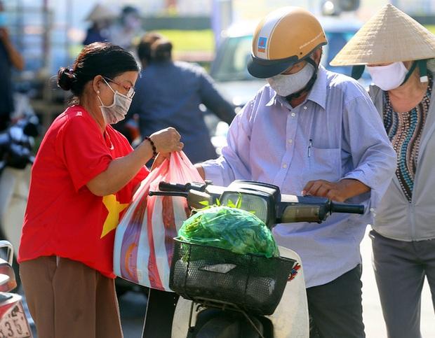 Tỉnh Hải Dương tổ chức đón công dân từ tâm dịch Đà Nẵng trở về như thế nào? - Ảnh 2.