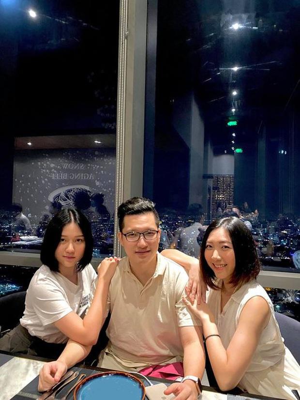 2 em gái Trấn Thành lâu lâu mới lại khoe ảnh chung, nhan sắc Huỳnh Ân liền chiếm trọn spotlight - Ảnh 2.