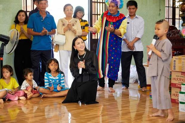 Em gái Cẩm Ly: Thành người Việt giàu nhất thế giới sau khi lấy chồng tỷ phú ở Mỹ, gia tài đồ sộ, vi vu với chuyên cơ riêng - Ảnh 23.