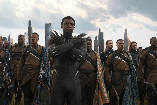 Black Panther Chadwick Boseman: Từ cậu bé bị xa lánh vì màu da đến hành trình  xoá nhoà ranh giới sắc tộc - Ảnh 6.
