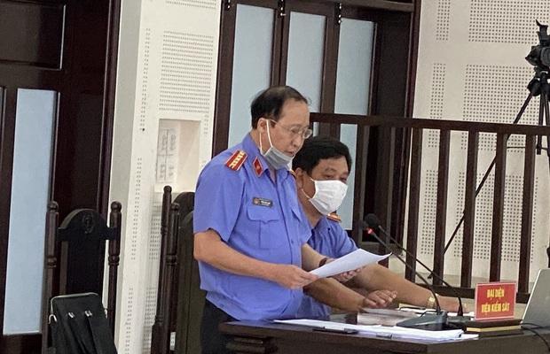 Những hình ảnh đầu tiên trong phiên xử đường dây đưa người Trung Quốc vào Đà Nẵng trái phép - Ảnh 5.