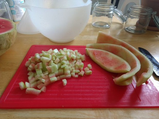 Tưởng là thứ phải bỏ đi, 7 phần thừa của các loại thực phẩm này có thể tái sử dụng như những món ăn thơm ngon - Ảnh 3.