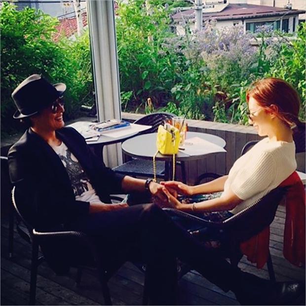 Màn cầu hôn của Bae Yong Joon và mỹ nhân Vườn sao băng lên top Dispatch: Đúng kỷ niệm 100 ngày yêu tại biệt thự trăm tỷ - Ảnh 6.