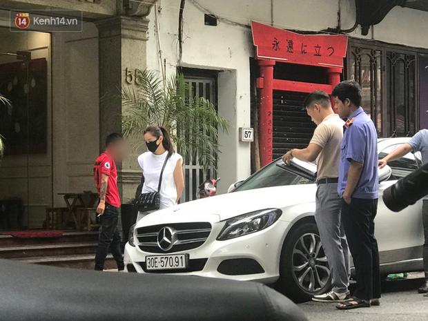 Vụ Lưu Đê Ly và antifan ẩu đả, giật tóc trên phố Hàng Buồm: Công an vào cuộc, nhân chứng kể lại sự việc - Ảnh 4.