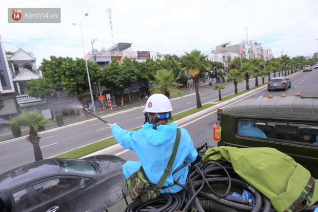 Lịch trình 6 ca Covid-19 mới ở Quảng Nam: Có người đi xe buýt, đi chợ, đến ngân hàng; người bán đồ ăn sáng, lo đám tang - Ảnh 2.