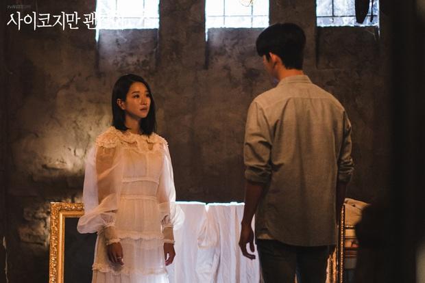 1 chiếc váy 2 số phận: Điên nữ Itaewon bị chê khó cảm, Seo Ye Ji diện lên lại sang hết sức - Ảnh 3.