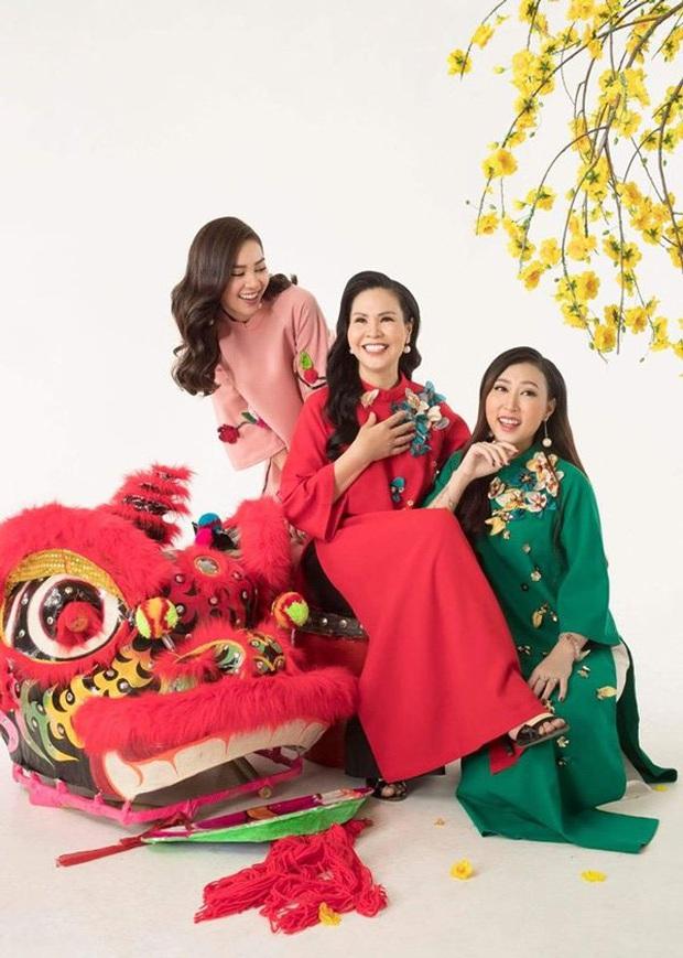 Sao Việt cosplay mẹ: Hari Won diện y nguyên bản gốc, Hương Giang thay bằng túi Chanel trăm triệu nhưng hài nhất lại là Lan Ngọc - Ảnh 10.