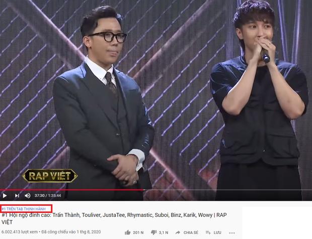Tập  1 Rap Việt đá luôn anh em chung nhà Người ấy là ai xuống để giành top 1 trending YouTube - Ảnh 4.