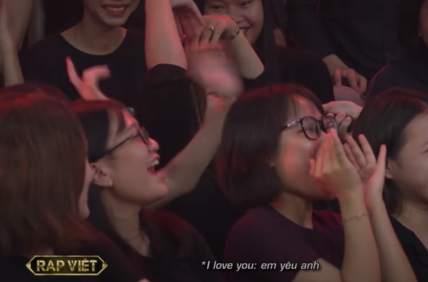 Màn mê trai bất chấp của hội fan girl Key (MONSTAR) khiến khán giả không thể nhịn cười - Ảnh 3.