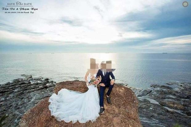 Cô gái tử nạn sau 2 lần hoãn cưới vì Covid-19: Chồng sắp cưới túc trực bên chiếc quan tài, khóc lịm vì quá nghiệt ngã - Ảnh 2.
