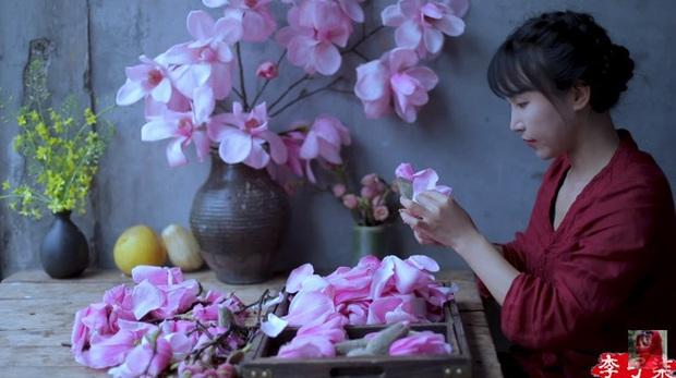 Tiên nữ đồng quê Lý Tử Thất mê hoặc hội chị em bằng vườn hồng như chốn cổ tích kèm công thức chế biến tỷ thứ từ loại hoa này - Ảnh 15.
