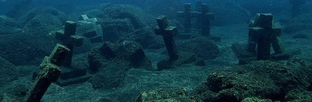 Vẻ đẹp vừa hút hồn, vừa rùng rợn của những địa điểm nổi tiếng nhất dưới lòng đại dương - Ảnh 8.