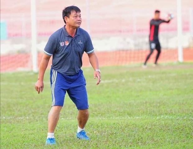 Cựu trọng tài FIFA Việt Nam đột ngột qua đời sau trận đá bóng - Ảnh 1.