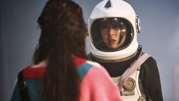 Tân binh chất lượng cao Choi Sung Eun: Khuôn mặt giống cả Kbiz, mới ra mắt đã nhận toàn vai xịn - Ảnh 15.