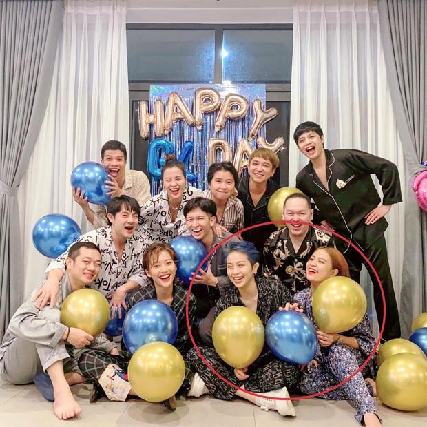 Gia đình văn hoá mừng sinh nhật Khả Ngân, vị trí của Noo - Mai Phương Thuý và Gil Lê - Hoàng Thuỳ Linh trùng hợp bất ngờ - Ảnh 7.
