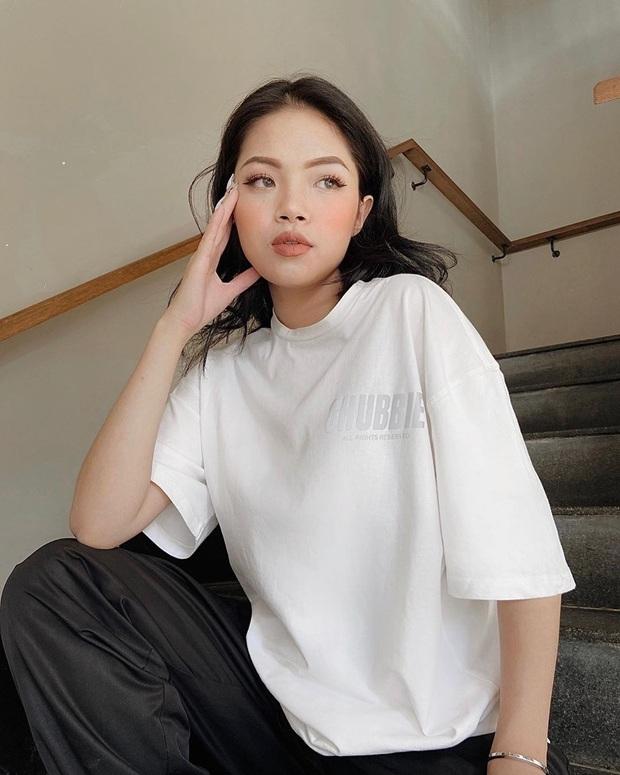 8 cách diện áo phông xinh xẻo từ các mỹ nhân Hoa - Hàn kèm chỗ mua ngon nghẻ để bạn sắm sửa cho mùa tựu trường - Ảnh 13.