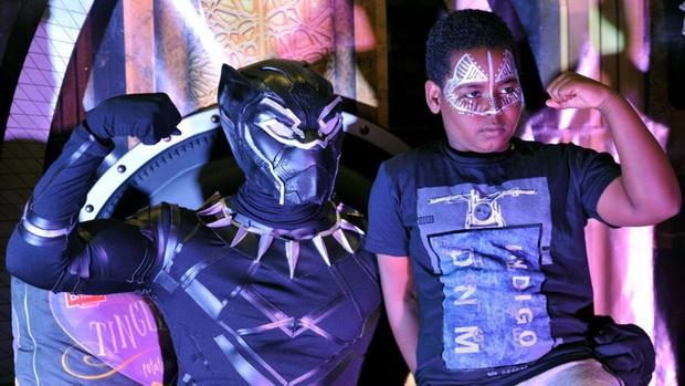 Không chỉ người lớn, trẻ em trên toàn thế giới cũng nghẹn ngào vì mất đi siêu anh hùng Black Panther Chadwick Boseman - Ảnh 2.