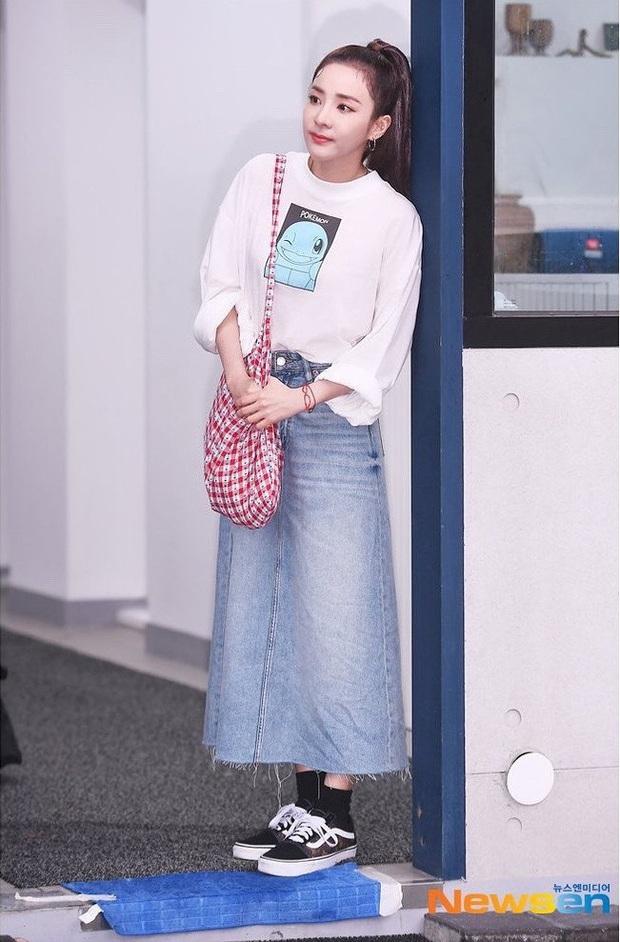 8 cách diện áo phông xinh xẻo từ các mỹ nhân Hoa - Hàn kèm chỗ mua ngon nghẻ để bạn sắm sửa cho mùa tựu trường - Ảnh 7.