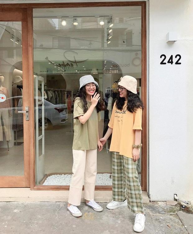 8 cách diện áo phông xinh xẻo từ các mỹ nhân Hoa - Hàn kèm chỗ mua ngon nghẻ để bạn sắm sửa cho mùa tựu trường - Ảnh 17.