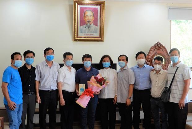 Đoàn y bác sĩ Bệnh viện Chợ Rẫy hoàn thành nhiệm vụ, chia tay Đà Nẵng sau 1 tháng hỗ trợ chống dịch - Ảnh 1.