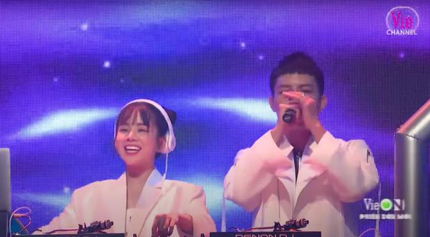 Mie so kè với Trang Moon - 2 nữ DJ hot của Rap Việt và King Of Rap: Bạn theo team ai? - Ảnh 9.