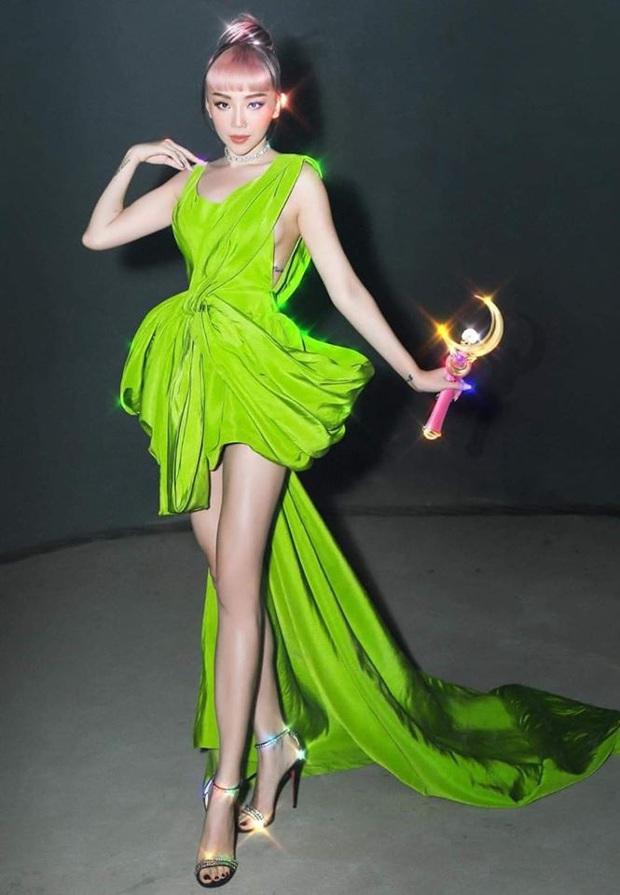 Diện đầm Công Trí đến VMAs 2020, bạn thân cũ của Paris Hilton đụng cả tiểu đội mỹ nhân Việt - Ảnh 6.