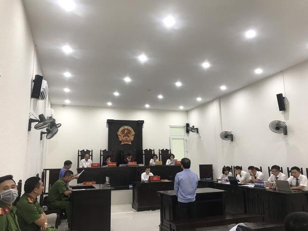 VKS đề nghị tòa tuyên án tử hình đối với bị cáo giết hại vợ, phân xác phi tang xuống sông - Ảnh 3.