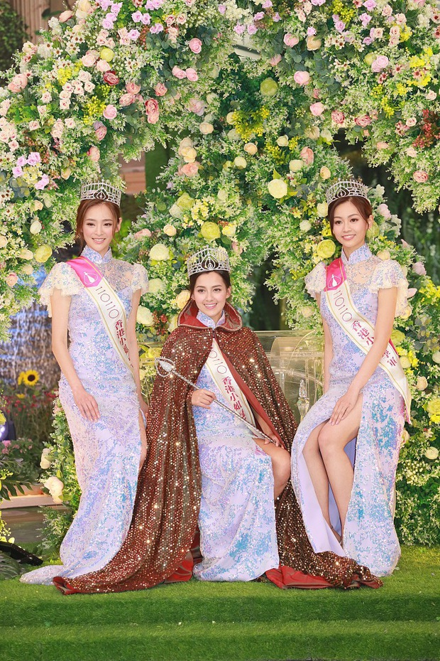 Tân Hoa hậu Hong Kong vừa đăng quang đã gây tranh cãi: Nhan sắc tựa Địch Lệ Nhiệt Ba nhưng chiều cao lại quá khiêm tốn - Ảnh 2.